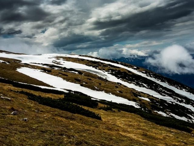 pohľad z planiny Schneebergu na vedľajší hrebeň