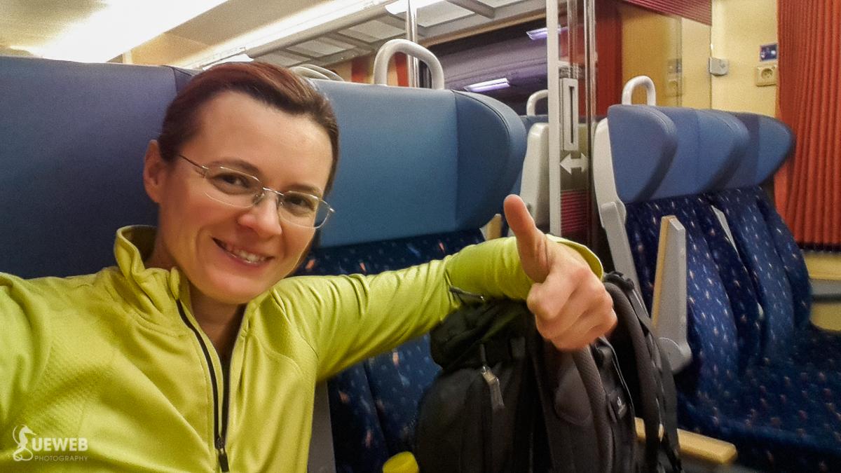 O pol šiestej ráno vo vlaku nebývam často :)
