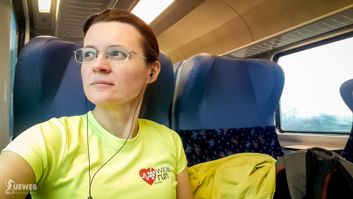 Cestou do Bratislavy, je príjemne zamračené