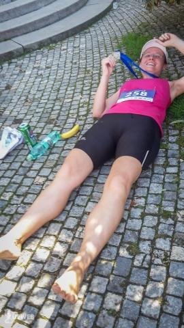 Zničená po behu, ale mám medailu :)