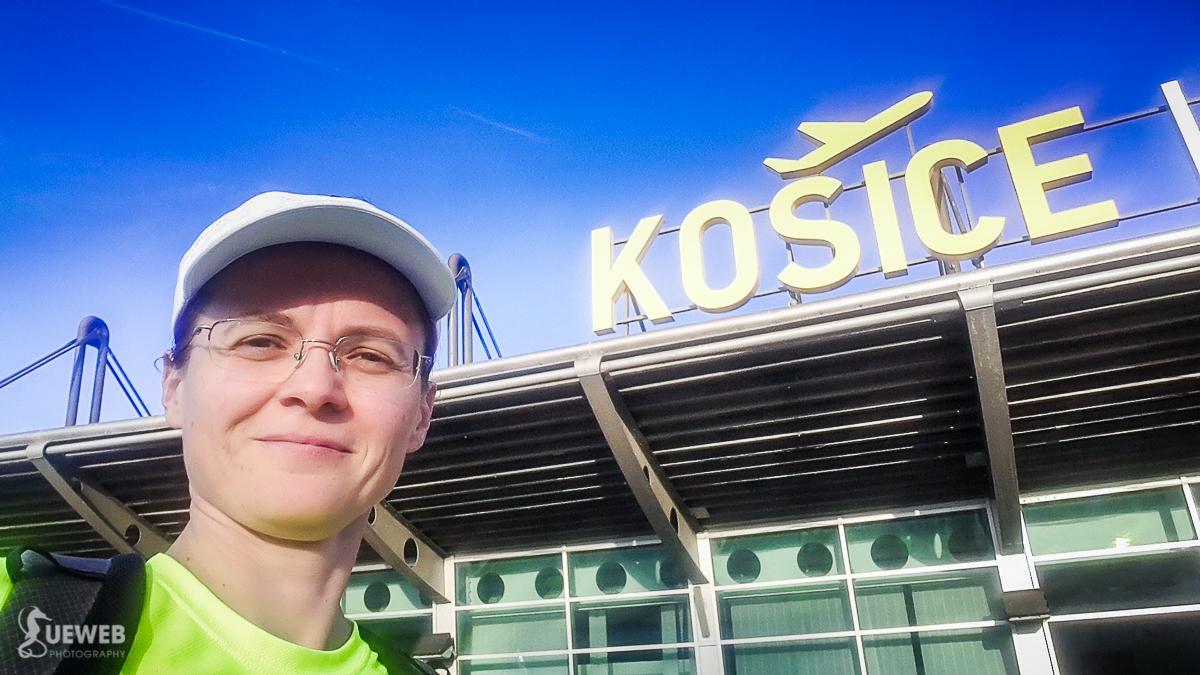 Pred letiskovým terminálom