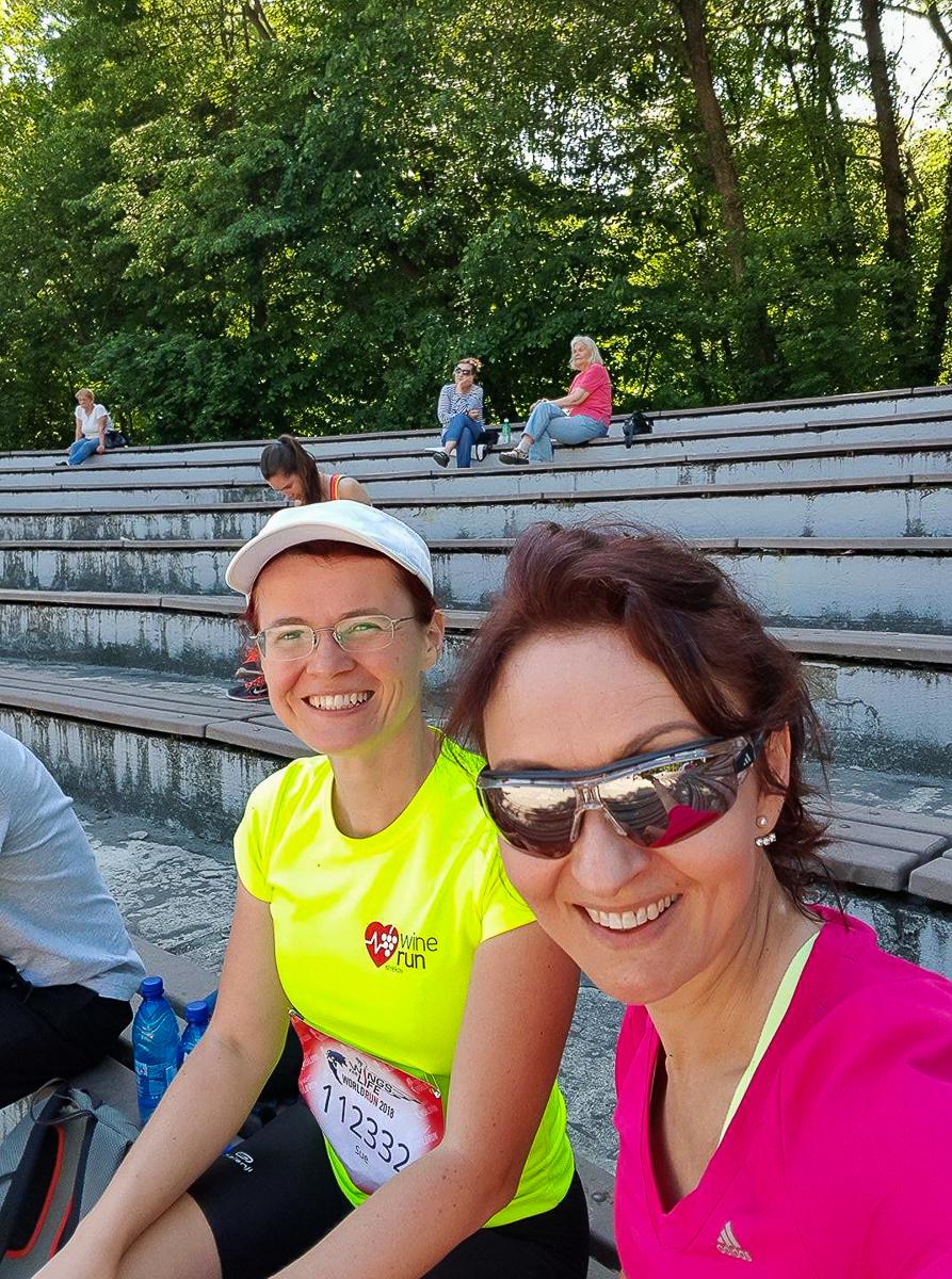 S Danielkou oddychujeme po behu; foto: Danielka Kalužná